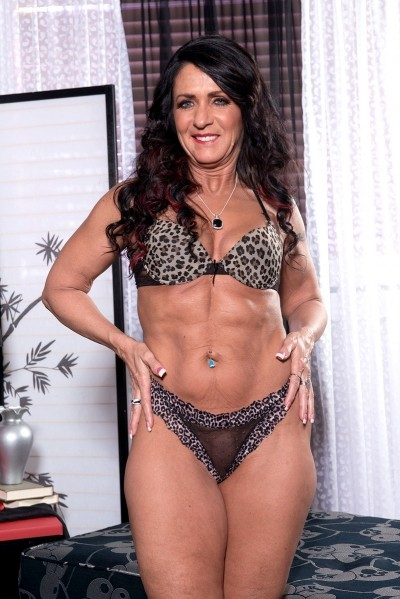 50 plus milfs - latest xxx milfs and grannies fucking