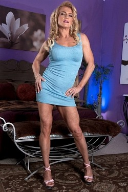 Amanda Verhooks -  MILF model