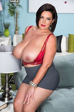 Paige Turner -  Big Tits model