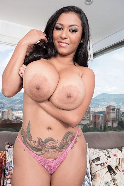 Shanie Gaviria -  Big Tits model