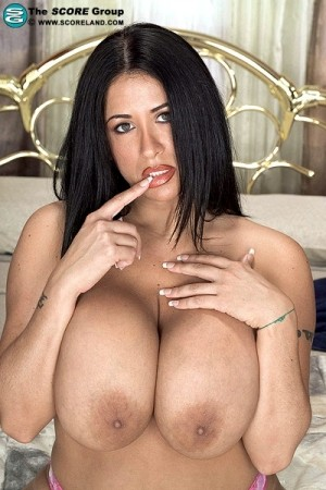Amber Brooks - Solo Big Tits photos