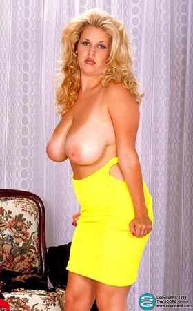 Carrie Lynn -  Big Tits photos
