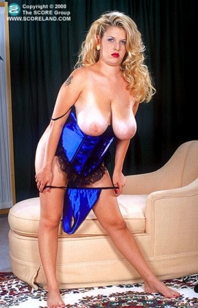 Carrie Lynn - Solo Big Tits photos