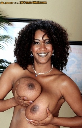Chaka T. - Solo Big Tits photos