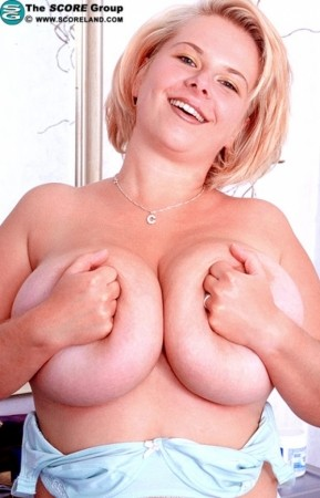 Christiane - Solo Big Tits photos