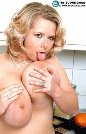 Christiane -  Big Tits photos