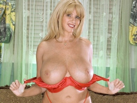 Penny Porsche - Solo Big Tits video