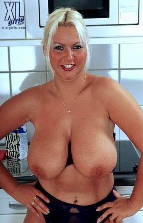 Fiona Steels -  BBW photos