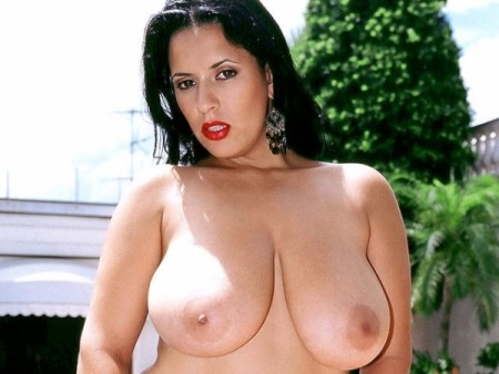 Luma - Solo Big Tits video