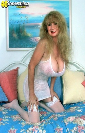 Kathi Somers - Solo Big Tits photos
