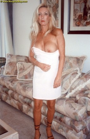 Sherry - Solo MILF photos