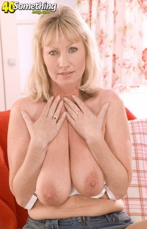 Jane Kay - Solo MILF photos