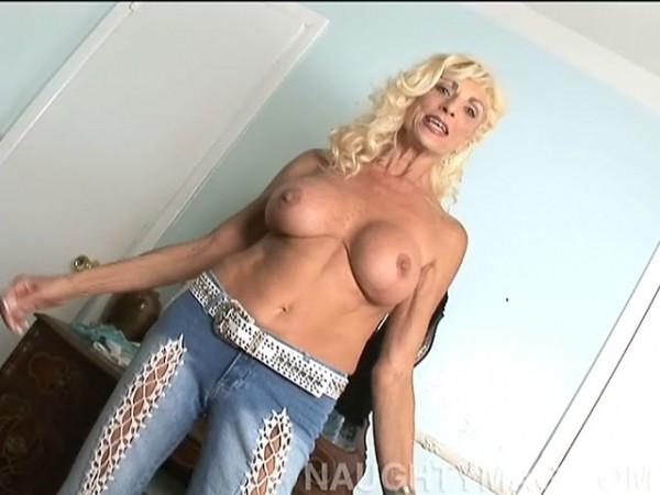 Sasha Samuels Granny Porn 32