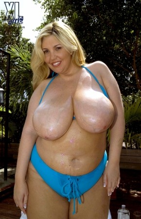 Devin Taylor - Solo Big Tits photos