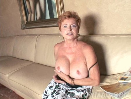 Valerie - Solo Granny video