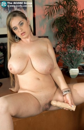 April McKenzie - Solo Big Tits photos thumb