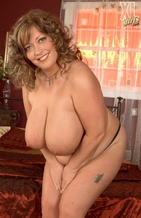 Savannah Phair - Solo BBW photos