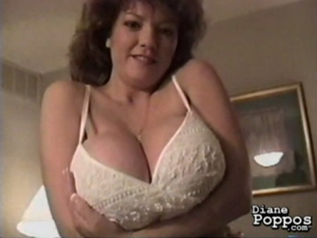 Diane Poppos - Solo BBW video