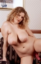 Crisa - Solo BBW photos
