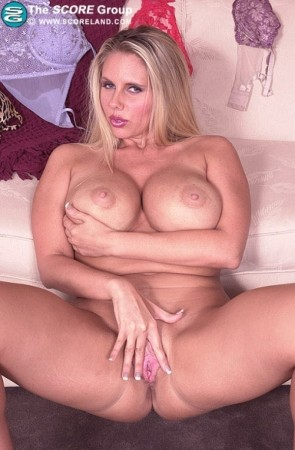 Karen Fisher - Solo Big Tits photos