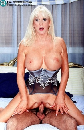 Diane diamonds milf