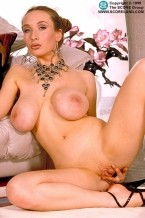 Eden -  Big Tits photos
