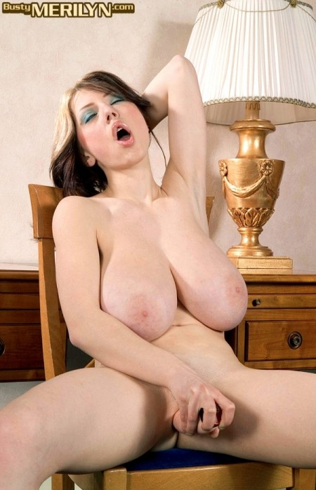 Merilyn Sakova - Solo Big Tits photos