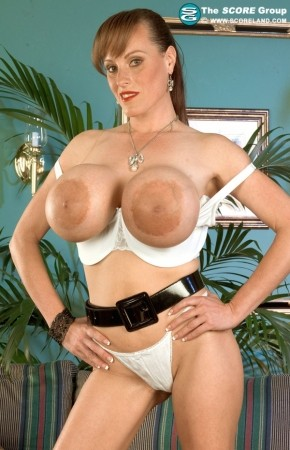 Cindy Cupps - Solo Big Tits photos