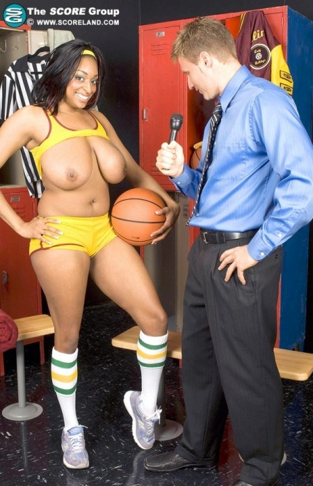 Carmen Hayes La Knockers streaming porn - watch and