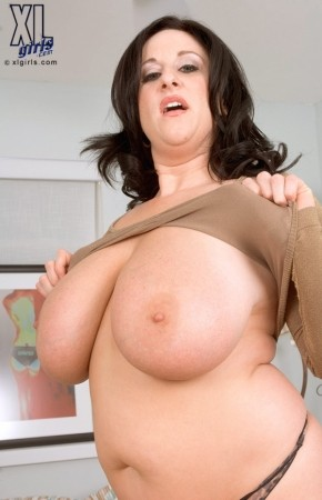 Kitty Lee - Solo BBW photos