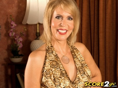 Erica Lauren - XXX Granny video