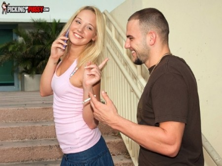Elle La Ware - XXX Teen video