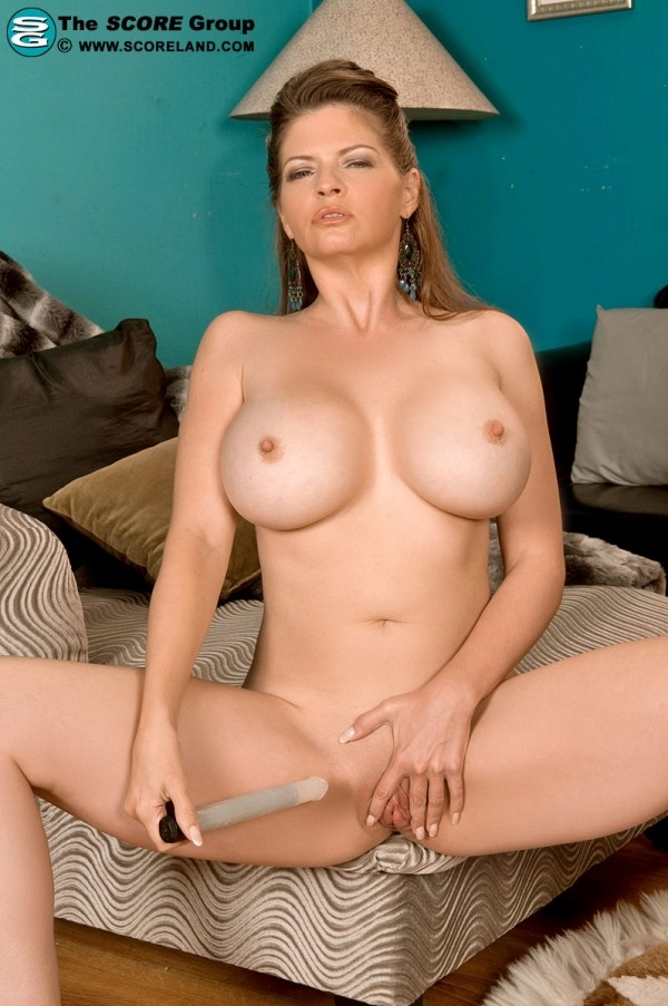 June Summers - Solo Big Tits photos
