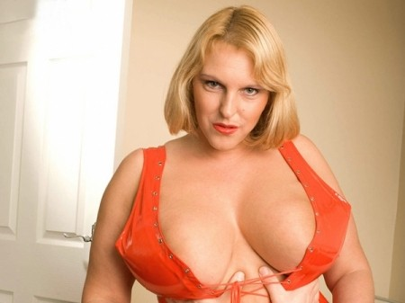 Carol Brown - XXX BBW video