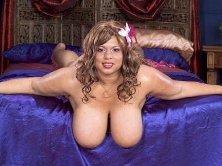 Vicki Nicole - Solo BBW video