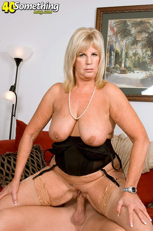 Anneke Nordstrum - XXX MILF photos