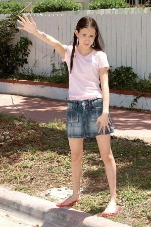 Amai Liu - XXX Teen photos
