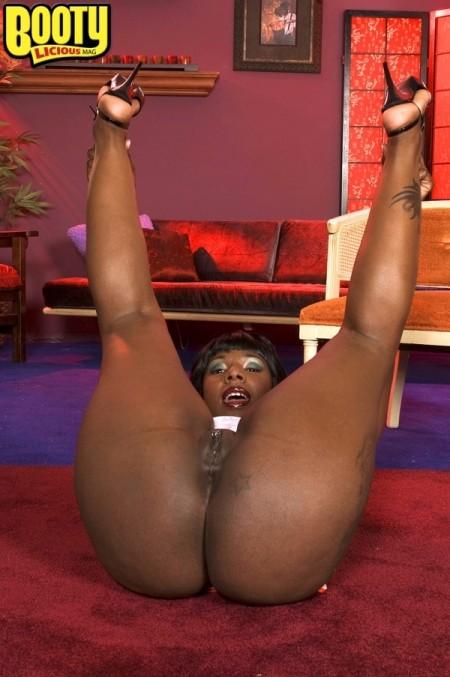 Kelly starr big booty black girl