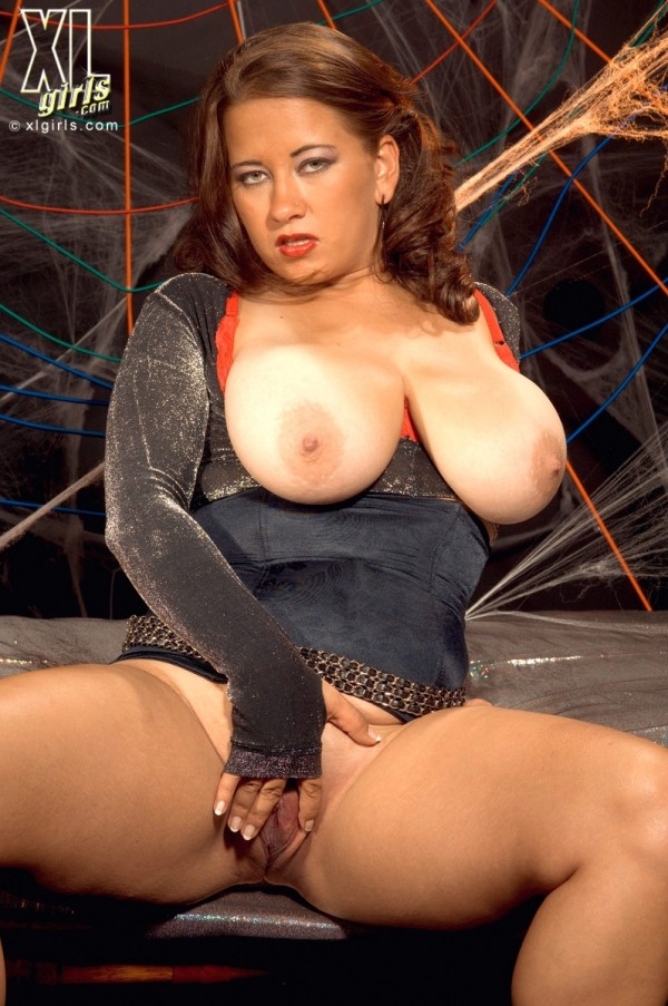 Alanna Ackerman - Solo BBW photos