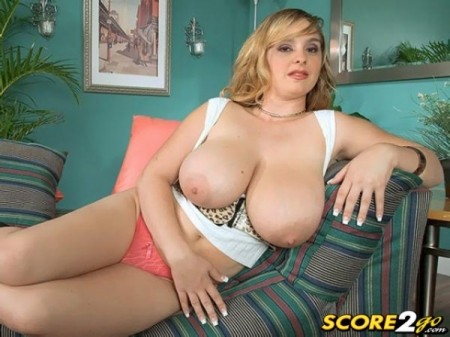 April McKenzie - Solo Big Tits video