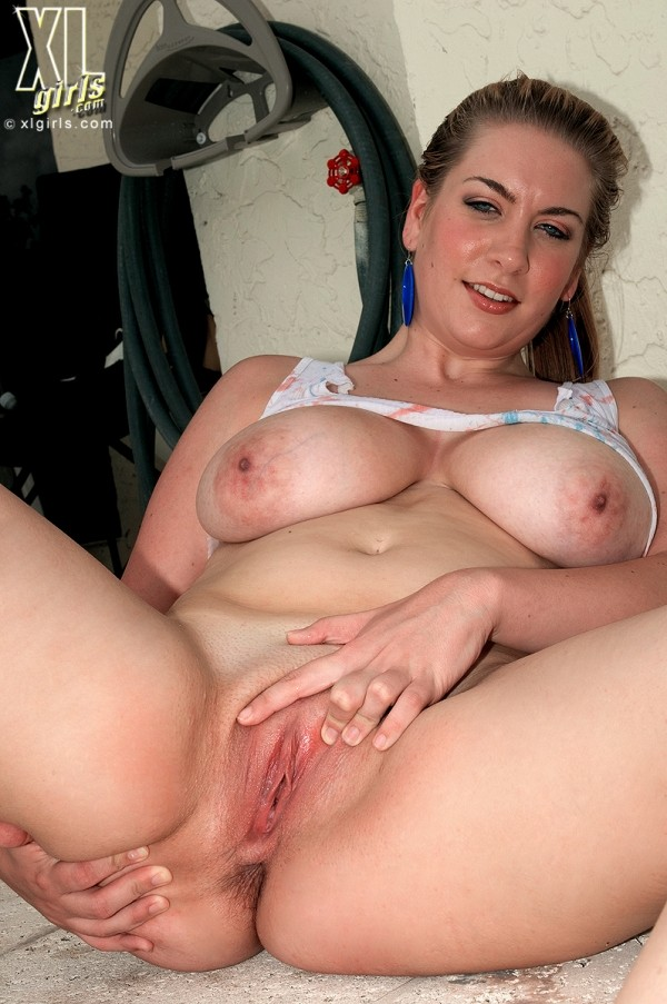 Kali West - Solo BBW photos