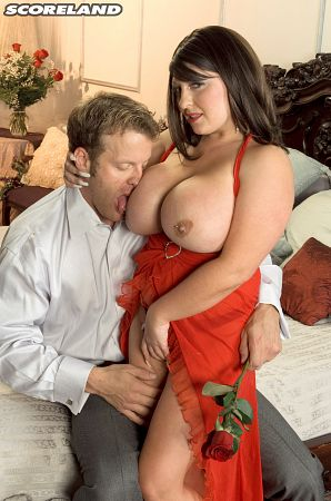 Angel Gee - XXX Big Tits photos
