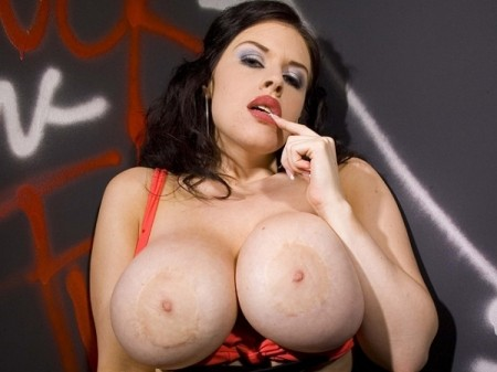 Daphne Rosen - XXX Big Tits video