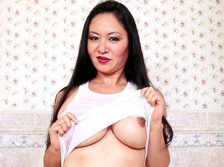 Jade Feng - Solo Big Tits video