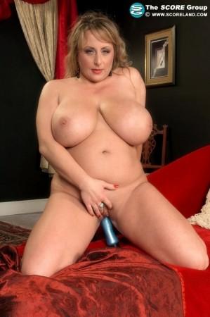 Porn Mega Load - Dixie Devereaux