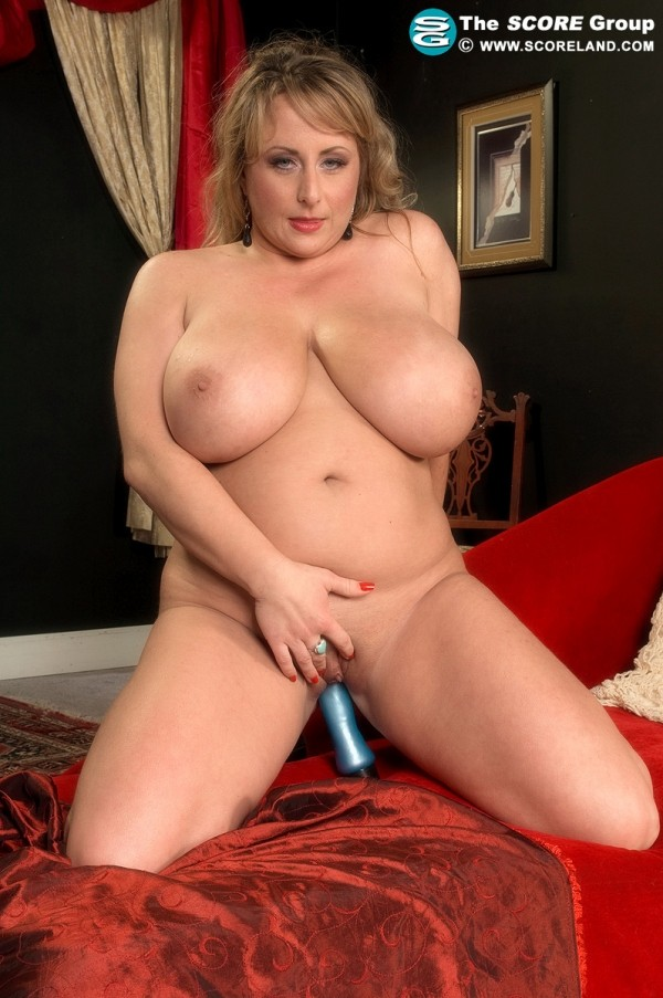 Dixie Devereaux - Solo Big Tits photos