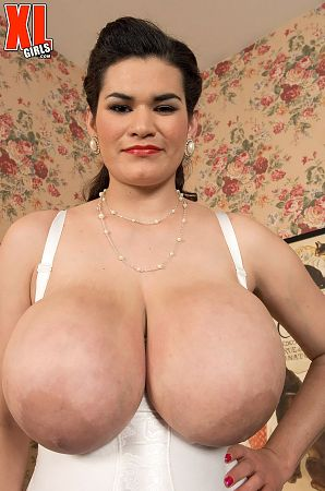 Haydee Rodriguez - Solo Big Tits photos