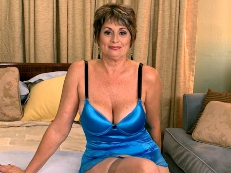 Victoria Peale - Interview MILF video