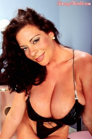 Linsey Dawn McKenzie Leather Teddy linseysworld.com