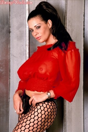 Linsey Dawn McKenzie Pushing Buttons linseysworld.com